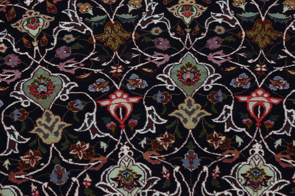 Tabriz rugs from 350-800kpsi