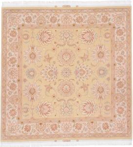 6x6 Square Tabriz Persian rug with silk