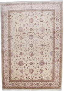 16x11 tabriz persian rug with silk highlights