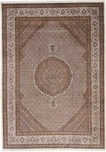 11x8 wool persian rug with silk highlights