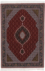 4x3 red tabriz mahi persian rug