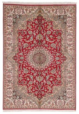 5foot silk kashmir rug