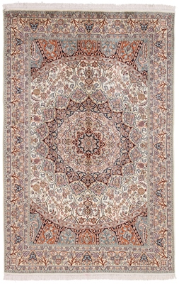 6foot light color silk persian carpet
