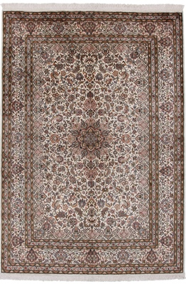 light color silk 7x5 carpet
