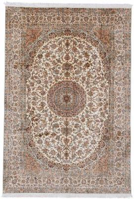 silk kashmir rug light design