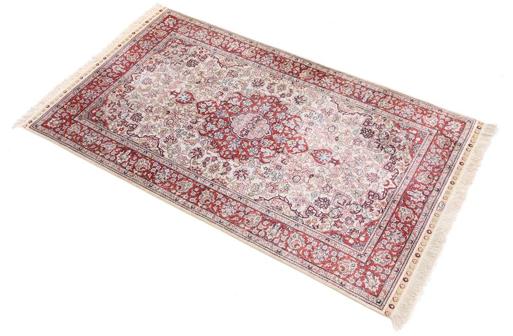 Fake Turkish Hereke rug