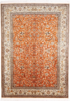 Kashmir Silk Rug with a 18/18 Quality and 350 KPSI