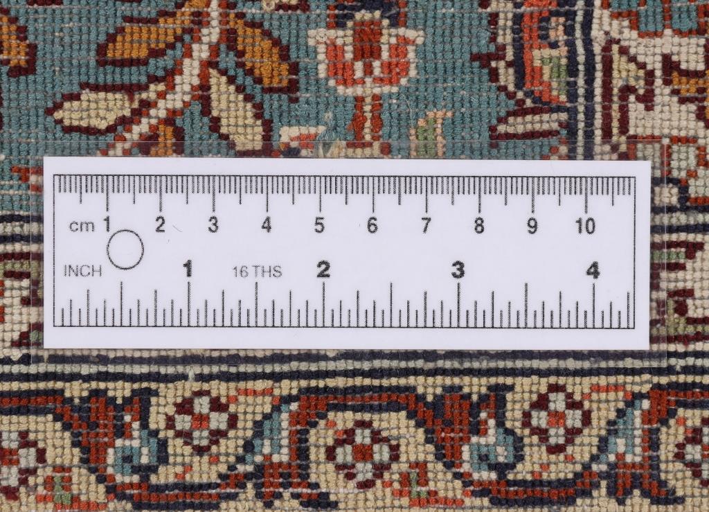 Kashmir Silk Rug with a single knot Quality and 350 KPSI