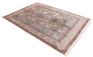 kashmir Silk rugs, Keshmir Indian carpets