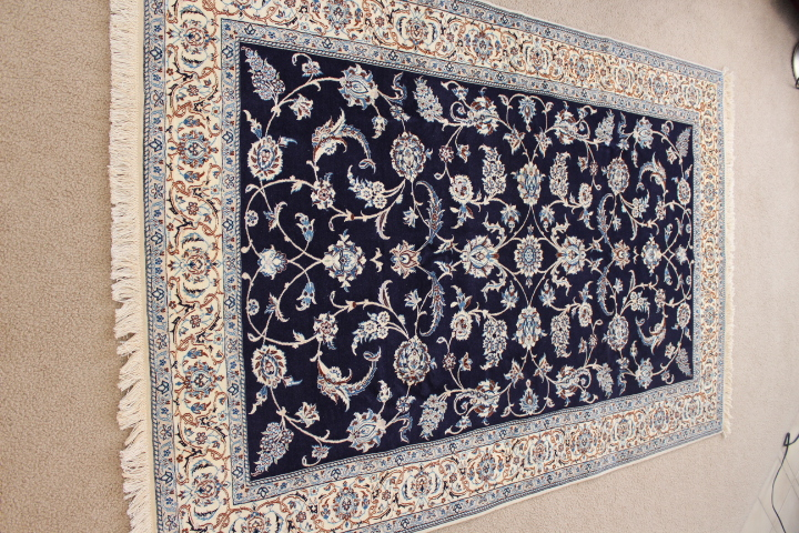 6x4 500kpsi Nain 6Lah Persian rug. Very fine Nain Persian carpet with lots of silk highlights.