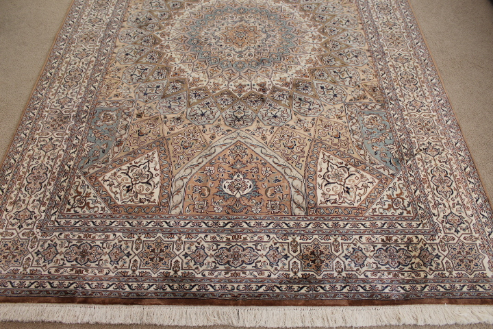 8x5 Gonbad Indian Tabriz Persian rug; medium size silk Persian Rugs genuine handmade. gombad keshmir silk carpet.
