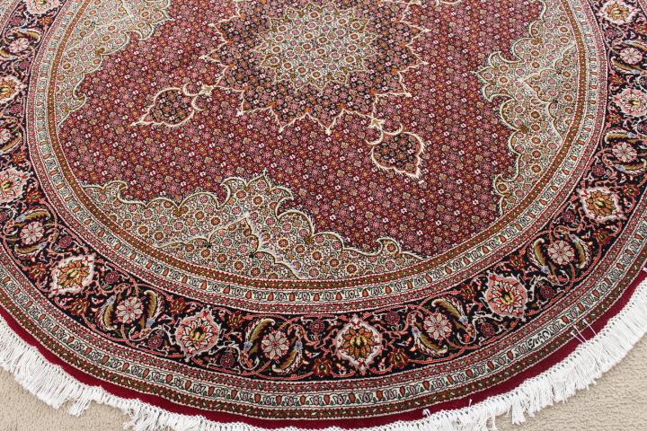 Round 6u0027 Tabriz Persian Rug; Pirouzian Mahi Tabriz Persian Carpet Runner.  Signed Long