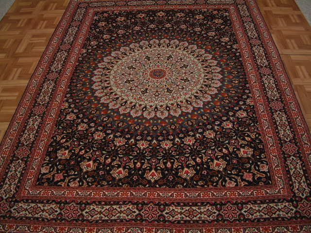Tabriz Persian rug #1225, click on the picture or description for more details about the Persian carpets.