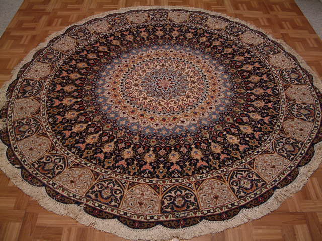 Round Tabriz Persian rug #1261, click on the picture or description for more details about the Persian carpets.