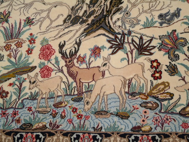 Isfahan Persian rug; All Tree of LifePersian Rugs are genuine handmade. Also, every Persian Isfahan rug I offer is made with fine kurkwool/silk.