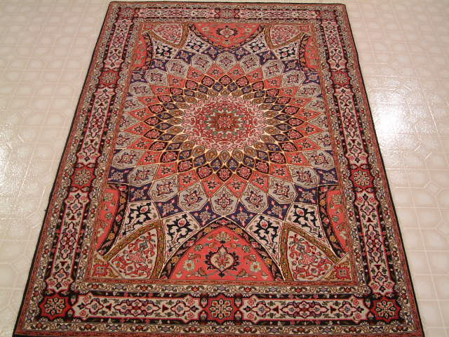 Tabriz Persian rug #3168, click on the picture or description for more details about the Persian carpets.
