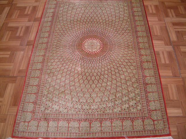 Nain Persian rug #3173, click on the picture or description for more details about the Persian carpets.