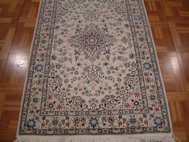 Nain Persian rug #3178, click on the picture or description for more details about the Persian carpets.