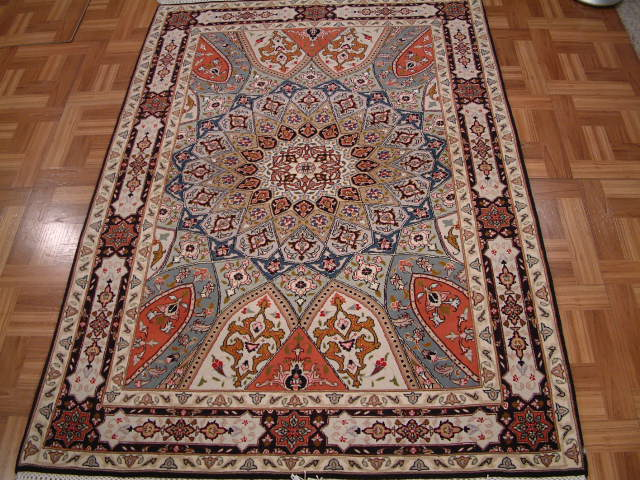 Tabriz Persian rug #3184, click on the picture or description for more details about the Persian carpets.
