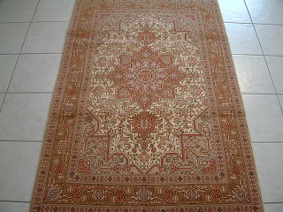 Tabriz Persian rug #3113, click on the picture or description for more details about the Persian carpets.