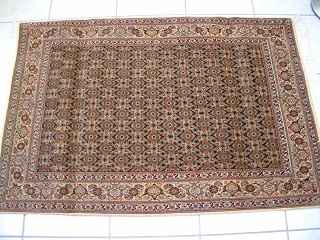 Tabriz Persian rug #3117, click on the picture or description for more details about the Persian carpets.
