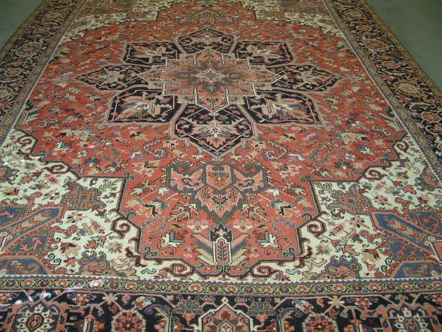 Old Heriz Persian rug #T2101, click on the picture or description for more details about the Persian carpets.