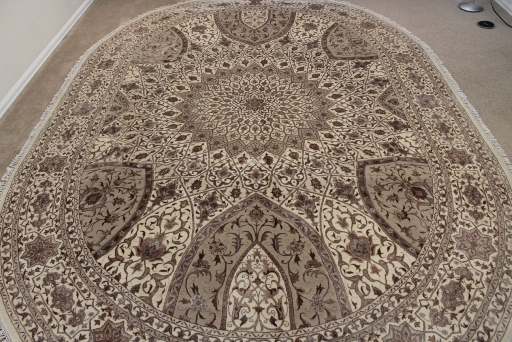 11x8 oval Gonbad Indian Tabriz Persian rug; oval silk Persian Rugs genuine handmade. oval gombad keshmir silk carpet.
