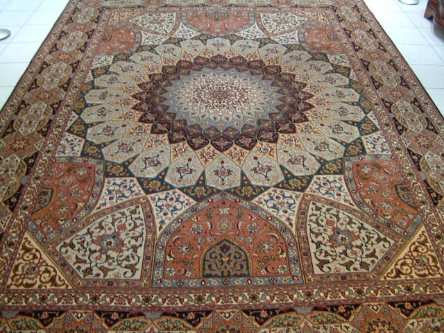 Tabriz Persian rug #5117, click on the picture or description for more details about the Persian carpets.
