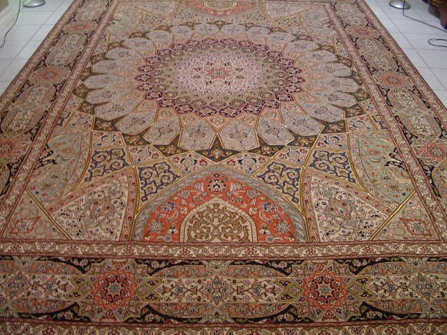 Tabriz Persian rug #5122, click on the picture or description for more details about the Persian carpets.