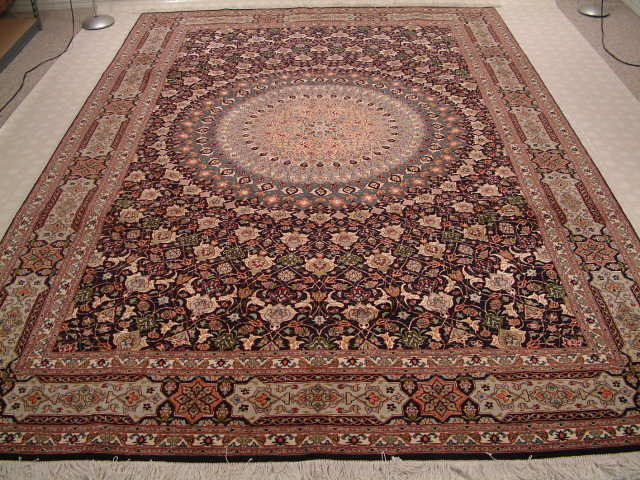 Tabriz Persian rug #5127, click on the picture for more information about Persian rugs.