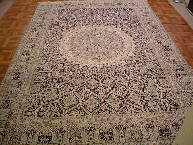 Nain Persian carpet #5132, click on the picture for more details about this Persian carpet and other Persian carpets.