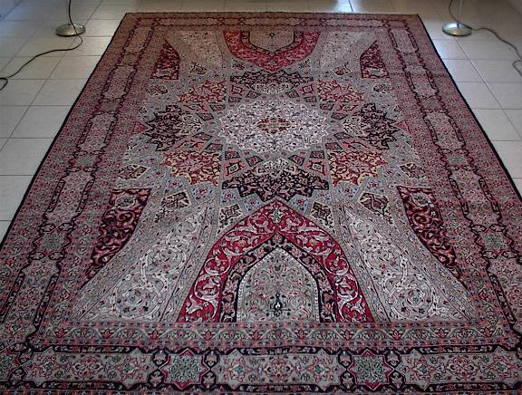 Persian rugs and Persian carpets in Illinois.