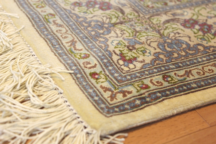 3x5 silk qum Persian rug with 500 kpsi; Handmade Qum silk carpet