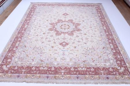 55 Raj Behnami Tabriz Persian rug with a silk foundation. 10x13 silk Behnami Tabriz Persian carpet