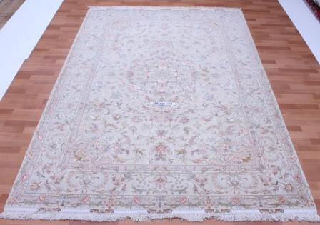 60 Raj Behnami Tabriz Persian rug with a silk foundation. 10x6 silk Behnami Tabriz Persian carpet
