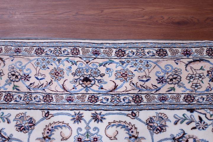 Nain 6Lah Persian rug. Very fine Nain Persian carpet with lots of silk highlights. width=