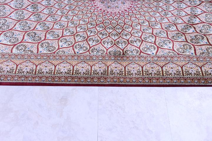 6'x4' pure silk Qum Persian rug with Gonbad Design
