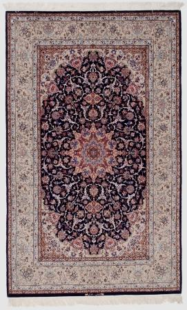 Isfahan Persian rug with silk foundation. Very fine Isfahan Persian carpet with lots of silk highlights.