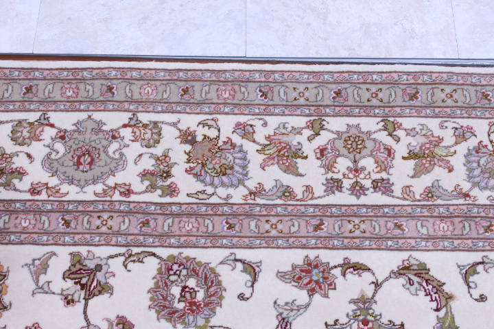 55 Raj Faraji Tabriz Persian rug with 400 KPSI. 8x6 silk Faraji Tabriz Persian carpet