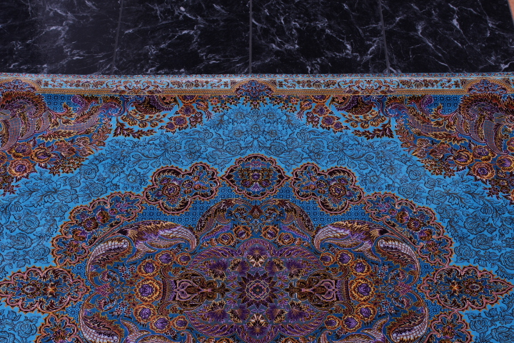 3x5 900 kpsi Kazemi qum Persian rug with signature; 1x1,5m Kazemi Qom silk carpet masterpiece
