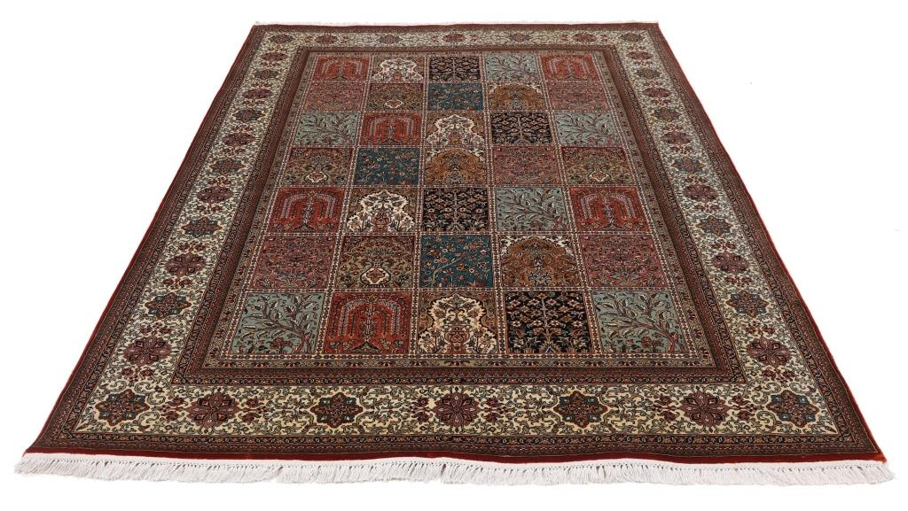 8'x5' (2,4x1,7m) silk Persian rug. High quality handmade Persian carpet.