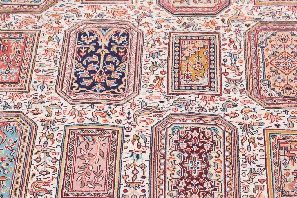 10'x7' (3x2m) silk Persian rug. High quality handmade Persian carpet.