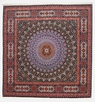 Square 75 raj Jafari Gonbad Tabriz Persian rug. Dome Design Gombad Tabriz Persian carpet.