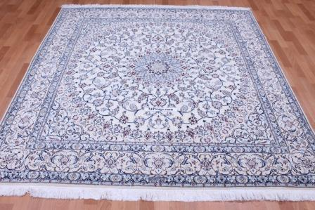 Square Nain 6Lah Persian rug. Very fine square Nain Persian carpet with lots of silk highlights.