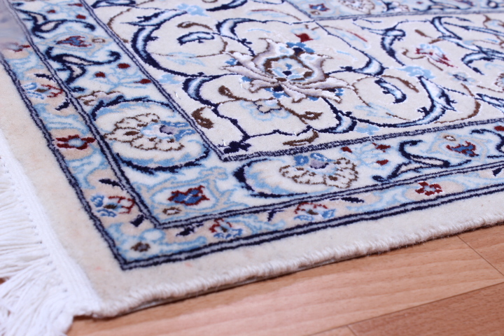Square Nain 6Lah Persian rug. Very fine square Nain Persian carpet with lots of silk highlights