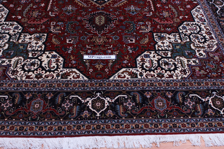 Silk Foundation Tabriz Showpiece