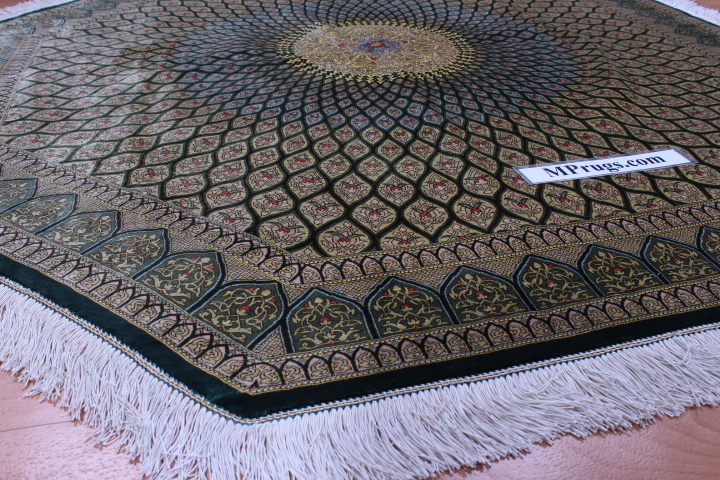 5'x5' (1,5m) Octagon Qum pure silk Qom Persian rug with Gonbad design