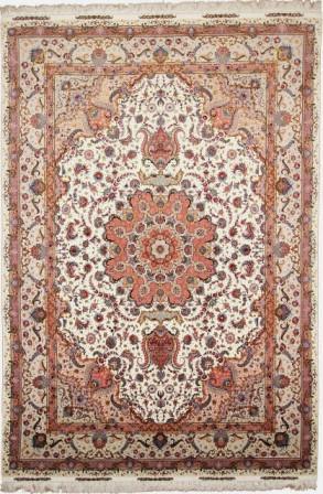 75 Raj Tabriz Persian rug with a silk foundation and over 700KPSI. 75Raj Silk Tabriz Persian carpet.