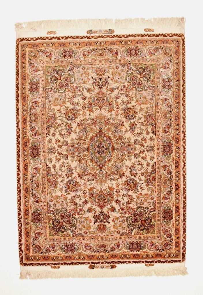 80 Raj 6x4 Tabriz Persian rug with a silk foundation. Beige Novenfar Tabriz Persian carpet 850KPSI