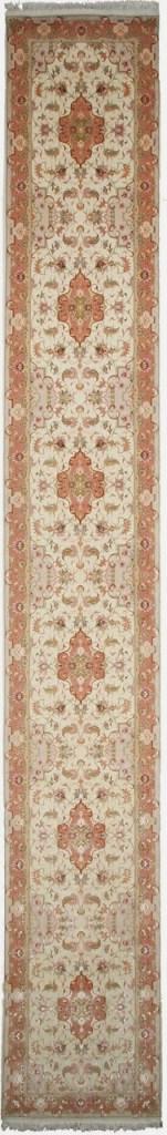 20' 50 Raj Faraji Tabriz Persian rug runner. Signed faraji Tabriz Persian carpet